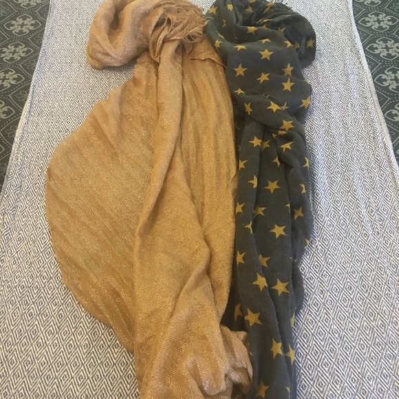 Sale!🌞5for$20🌞2 H&M Scarves